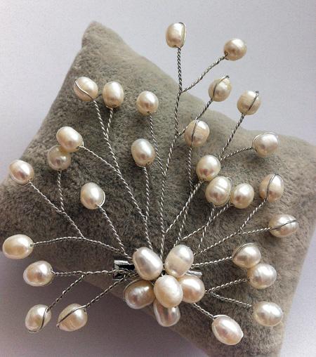 Metal y perlas BROCHE ARBOL METAL Y PERLAS